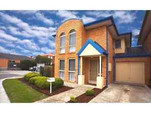TownHouse for share Chadstone Monash Area Preview