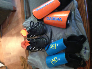 Soccer shoes and shin pads Cornwall Ontario image 1