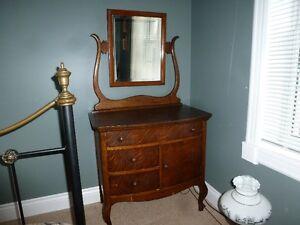3 Drawer Antique Washstand
