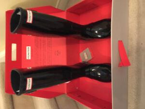 Brand New Women's Hunter Boots Size 7