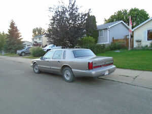 Need to Sell 1995 Lincoln Town Car