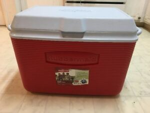 NEW ICE CHEST FOR SALE