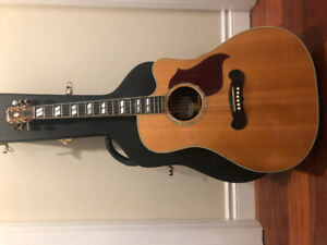Gibson Songwriter Acoustic Guitar - $1500 - Excellent Condition