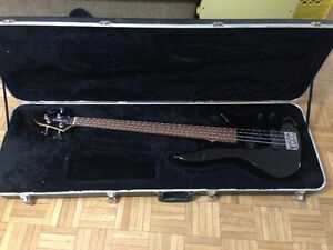 Yamaha Fretless Electric Bass