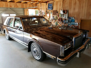 All original  1981 Lincoln Town Car Signature Series pristine