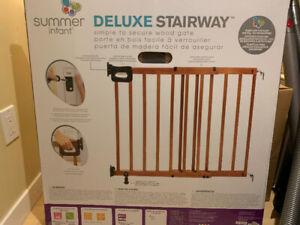 Stairway safety gate