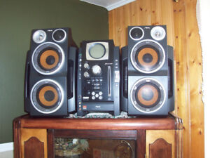 AIVA stereo with surround sound