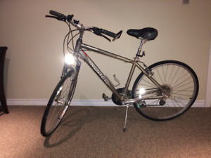 Newer Norco Hybrid Men's Bicycle