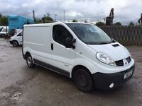 2010 Renault traffic 2.0 cdti with pole fed window cleaning system ready made business