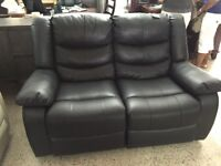 2 SEAT RECLINER COUCH FOR ONLY 399$