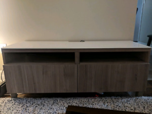 Tv Stand w/ Drawers