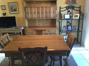Dining table, 6 chairs, hutch and sideboard
