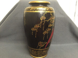 Collectible Antique Beautiful Japanese Made Vase London Ontario image 4