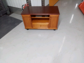 Stag minstral tv stand