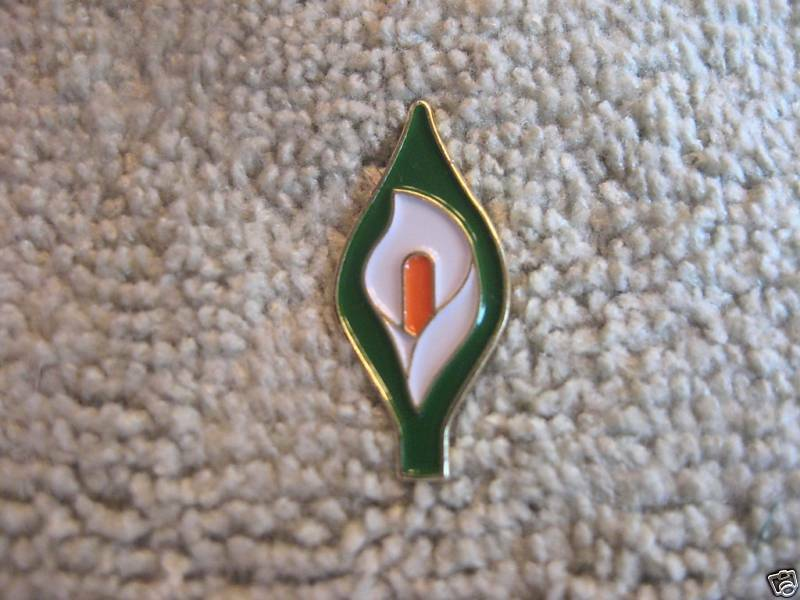 Easter Lily Pin Irish Freedom Badge Tri-Color Ireland
