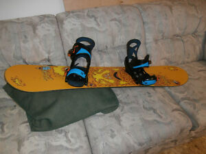 Kids Unisex Snowboard Package 120cm BURTON-Board, bindings and b