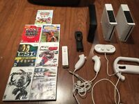 3 Nintendo wii's, 7games and accessories !