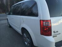 2010 Dodge Grand Caravan équipé 7 places