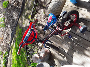 Tricycle spiderman a vendre