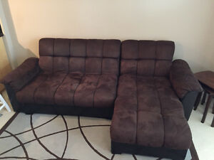 Brown couch with chaise lounger transformer
