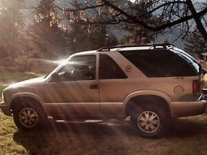 2005 GMC Jimmy Moab edition SUV, Crossover