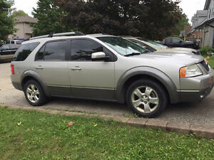CHEAP - 2007 Ford Freestyle - as is