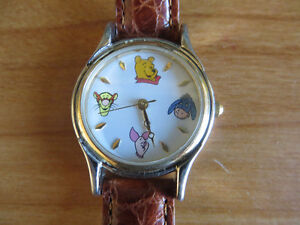 Collectible Disney Store - Winnie-the-Pooh & Friends Watch