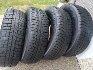 Michelin X-ice 215/70r15 Winter Tires - Excellent Condition