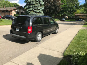 2010 Town &Country family van van for sale
