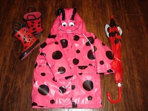 Ladybug raincoat (3T), boots(6), umbrella