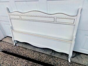 White French Provincial Solid Wood Bed Frame (Double/Full Size)