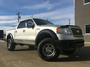 2006 Ford F-150 XLT 4X4 = CREW CAB = LIFTED = BIG TIRES