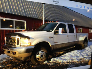2003 Ford F-350 king ranch 11500$Ou échange