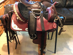 Selle Western avec sangle et Martingale