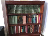 Short Mahogany veneer Bookcase