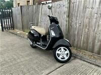 2016 Piaggio Vespa GTS 300 ABS Scooter LOW MILES + VERY CLEAN + 4K
