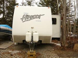 toybox tow behind camper