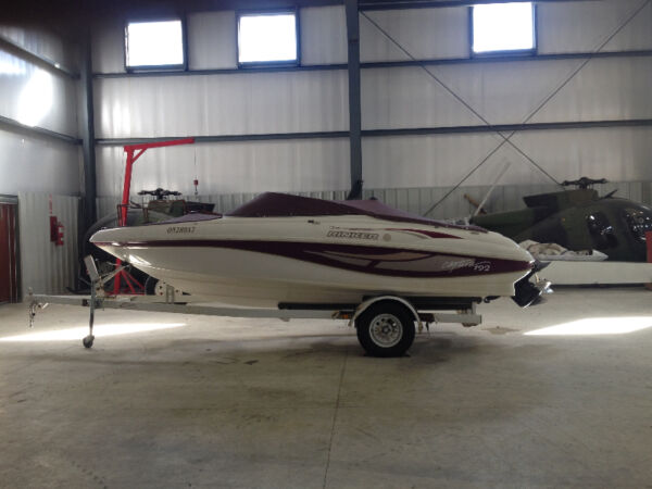 1997 Rinker Boat Co 192 Captiva