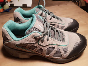 Patagonia hikers ladies size 11