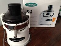Omega Fruit and Veg juicer