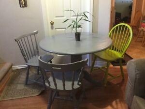 free delivery- solid wood dining table 3 chairs