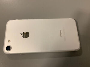 iPhone 7 32g 4 months old