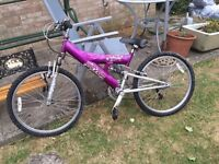 girls Mountain bike attitude raleigh 24x1.95 £30