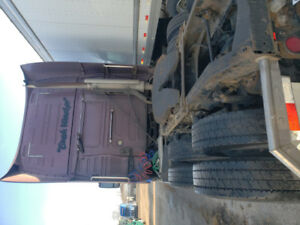 780 Volvo D12 for sale 13 speed