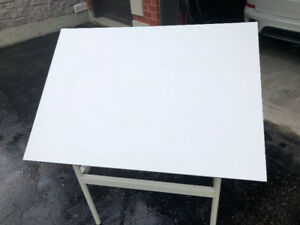 Artist's Table for painting or drafting