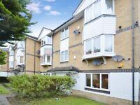 2 bedroom flat in Sheppard Drive, South Bermondsey SE16