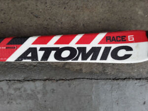 Atomic Race 6 skis. Size is 130cm.