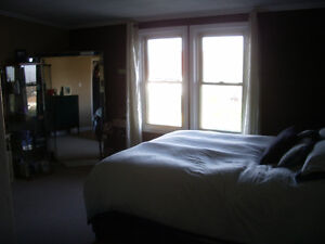 GREAT 2 BEDROOM APARTMENT ON QUIET STREET SOUTH END ST. CATHARIN