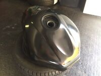Yamaha R6 fuel gas tank 98-02 no dents, good condition