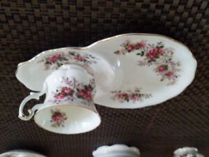 Royal Albert Lavender Rose Bone China